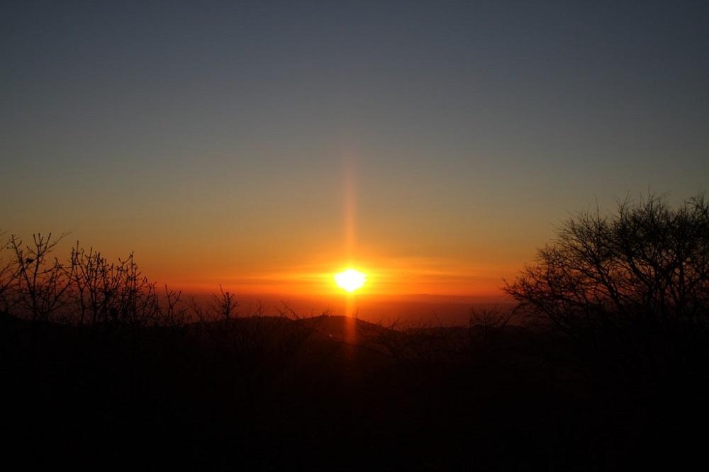 20101204_陣馬山での御来光